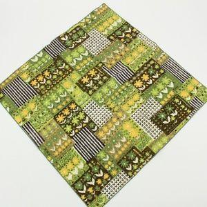 Vintage 1970's Bright Green Flower Pattern Scarf